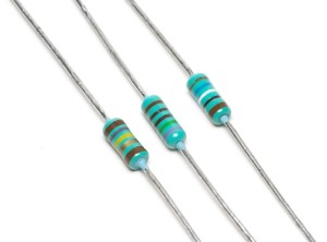800px-3_Resistors